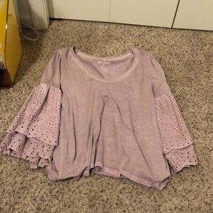 American Eagle bell sleeved top